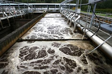 Espoon jätevedenpuhdistamolla kuohuu. Pääkaupunkiseudun jätevesistä on havaittu muun muassa metamfetamiinin käytön kasvu.