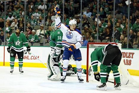 Ilonhetket ovat jääneet vähiin Jesse Puljujärvellä tänä syksynä alkaneella NHL-urallaan.