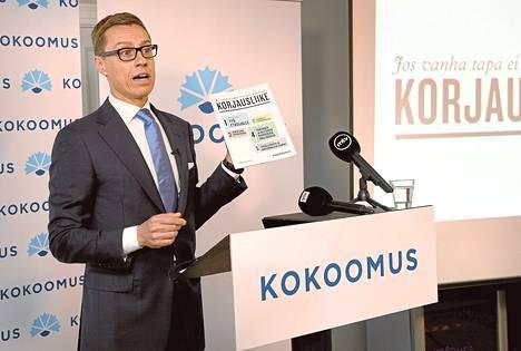 """Kokoomuksen puheenjohtaja Alexander Stubb on painottanut koko vaalikevään ajan """"äärimaltillisten"""" palkkaratkaisujen merkitystä."""