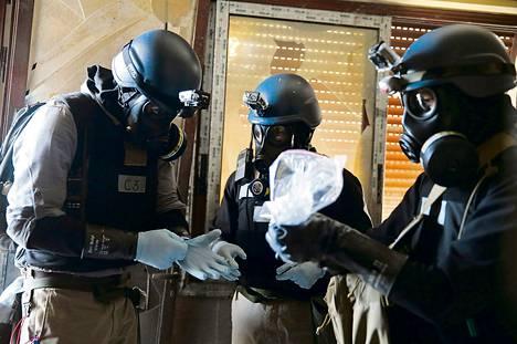 YK:n tarkastajaryhmä tutki elokuussa Damaskoksen liepeillä paikkaa, jonka epäiltiin joutuneen kemiallisin asein tehdyn iskun kohteeksi.