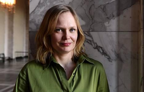 Kulttuuri- ja tiedeministeri Hanna Kosonen (kesk) kuvattuna 20. toukokuuta 2020.