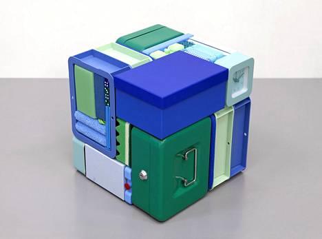 Michael Johansson: Mirror Cube – Ocean, 2020, sekatekniikka.