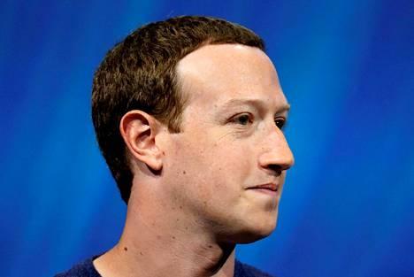 Facebookin Mark Zuckerberg joutui kohun keskelle annettuaan haastattelun teknologia-alaa seuraavalle Recode-sivustolle.