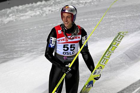 Itävaltalainen Gregor Schlierenzauer ei sorsi mäkinaisia.