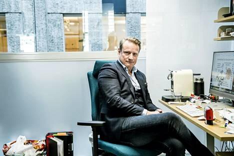 Professori Matti Sällberg Karoliinisesta instituutista on Ruotsin johtavia rokoteasiantuntijoita.