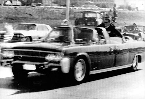 Presidentti John F. Kennedy surmattiin Texasin Dallasissa 22. marraskuuta 1963.