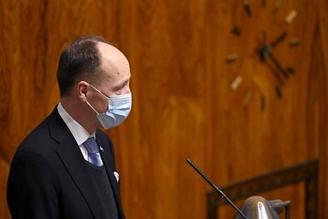 Perussuomalaisten puheenjohtaja Jussi Halla-aho puhui eduskunnan täysistunnossa Helsingissä tiistaina.
