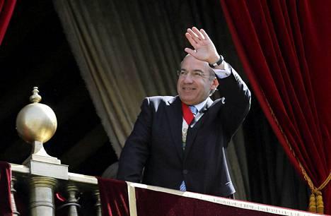 Presidentti Felipe Caldero toimii viimeisiä päiviä Meksikon presidenttinä.