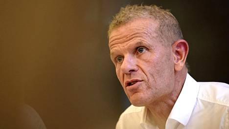 Tanskan sotilastiedustelun johtaja Lars Findsen on hyllytetty toistaiseksi työstään.