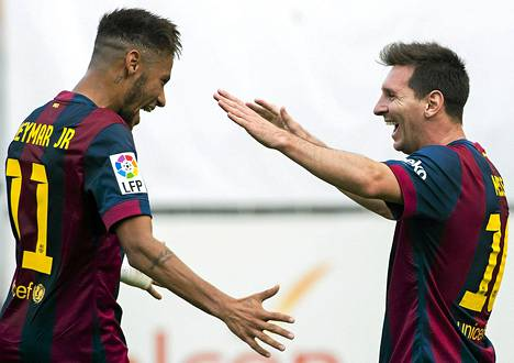 Neymar ja Messi juhlivat Rayon vieraana.