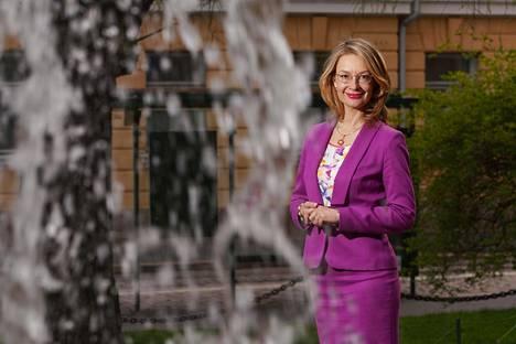 Eurooppa- ja omistajaohjausministeri Tytti Tuppurainen sanoo, ettei Suomi lähde neuvotteluihin kynnyskysymysten kautta.