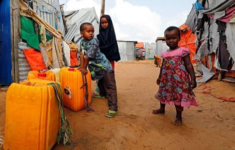Pakolaisleirillä olevia somalialaislapsia Mogadishussa viime elokuussa.