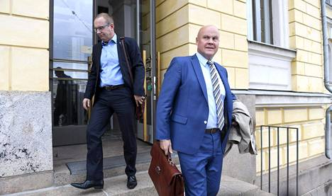 SAK:n puheenjohtaja Jarkko Eloranta (vas.) ja STTK:n puheenjohtaja Antti Palola vuonna 2016.