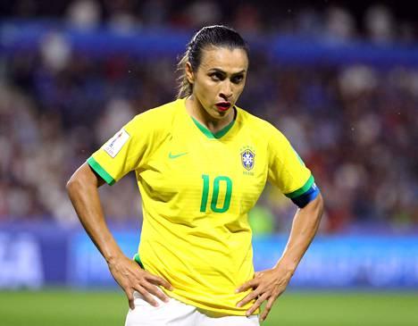 Marta on tehnyt viidessä MM-lopputurnauksessa yhteensä 17 maalia, eli yhden enemmän kuin Saksan Miroslav Klose.