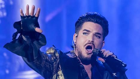 Adam Lambert konserttilavalla New Yorkissa syyskuussa.