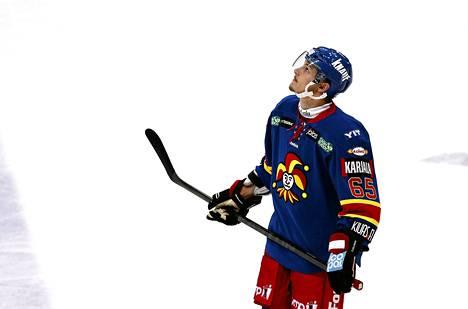 Erik Karlsson pelasi NHL:n työsulun aikana Jokereissa.