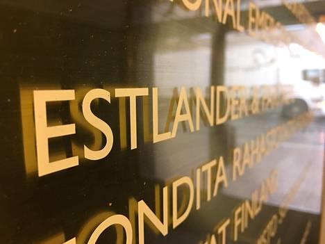 Estlander & Partnersin pääkonttori sijaitsee Helsingissä Aleksanterinkadulla.