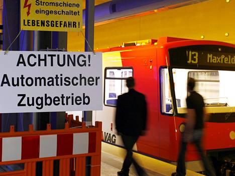 Siemens automatisoi U2-metrolinjan Saksan Nürnbergissä, mutta päälinjan automatisoinnista luovuttiin. HKL lähtee selvittämään miksi.