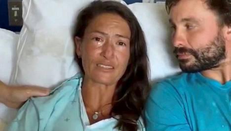 Amanda Eller kuvattuna sairaalassa Mauissa lauantaina.