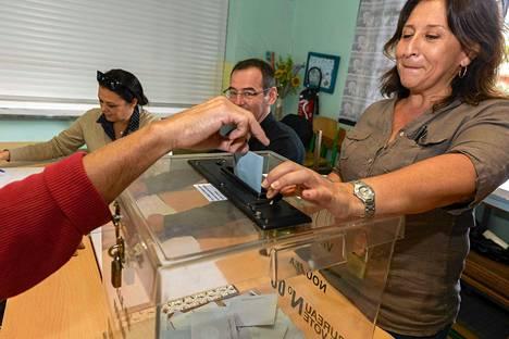 Uuden-Kaledonian Noumeassa äänestettiin sunnuntaina.