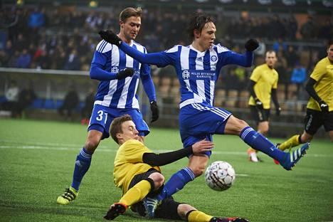 HJK ja Honka ottivat yhteen Suomen cupin lohkovaiheessa 28. tammikuuta. HJK voitti ottelun maalein 3–2.