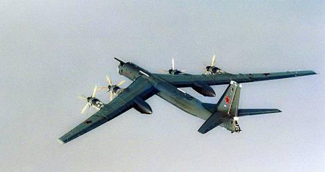 Tupolev Tu-95 kuvattiin lähellä Norjan rannikkoa elokuussa 2007.