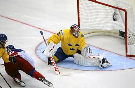 Tsekin Tomas Hertl iski MM-kisojen tähän asti nopeimman maalin Ruotsia vastaan.