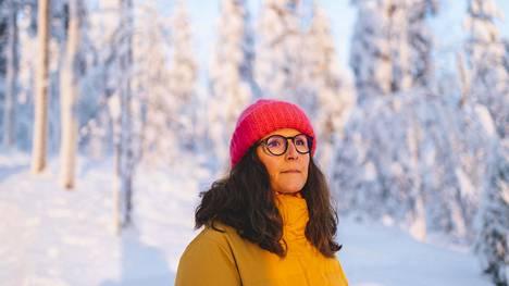 """""""Usein on sanottu, että olen rohkea. Mutta en tunne itseäni rohkeaksi. Tein vain sen, mikä tuntui oikealta"""", Johanna Åkerlund sanoo uravaihdoksen jälkeen."""