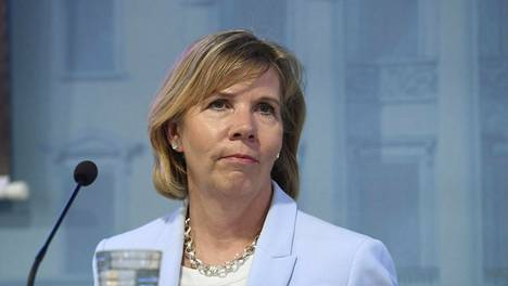 Rkp:n puheenjohtaja Anna-Maja Henriksson toimii hallituksen oikeusministerinä.