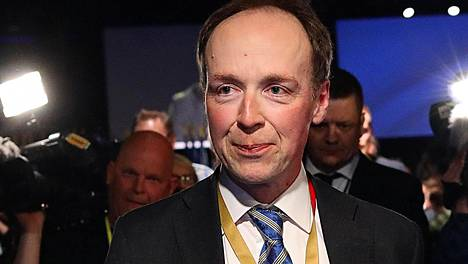 Jussi Halla-aho valittiin lauantaina perussuomalaisten uudeksi puheenjohtajaksi.