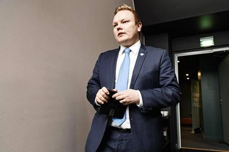 Eduskuntaryhmän puheenjohtaja Antti Kurvinen.