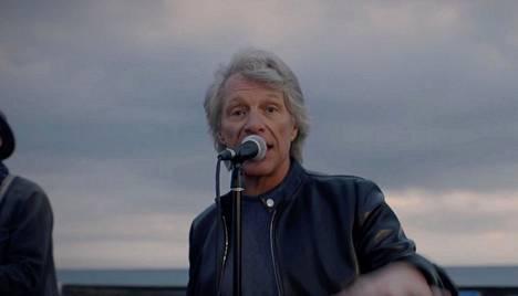 Jon Bon Jovi sang the Beatles on the dock in Miami.