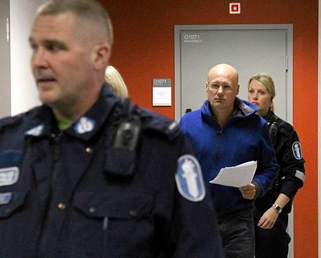 Valelääkärinä toiminut Esa Laiho vangittiin marraskuussa 2011 Helsingissä.
