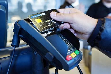 Lähimaksua käyttäessä ei tarvitse näppäillä kortin pin-koodia.