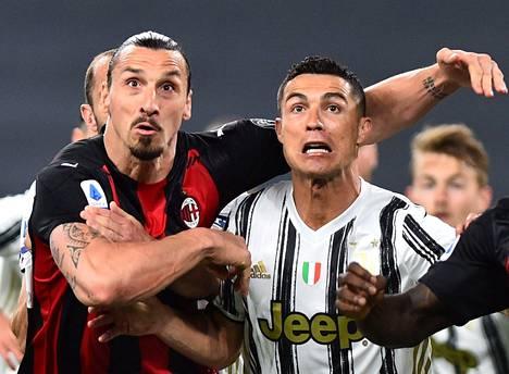 Supertähdet Zlatan Ibrahimović (vas.) ja Cristiano Ronaldo kohtasivat viime viikon sunnuntaina ottelussa, jonka Zlatanin AC Milan voitti vieraskentällä 3–0. Ronaldo jätti tappion jälkeiset harjoitukset väliin ostaakseen Ferrarin ja sai tähden erivapauksiin kyllästyneet Juventus-pelaajat raivon valtaan.