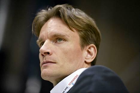 Päävalmentaja Tuomas Sammelvuo ei ollut tyytyväinen joukkueensa esitykseen.