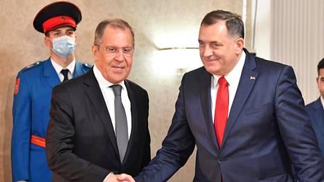Venäjän ulkoministeri Sergei Lavrov ja Bosnian serbipresidentti Milorad Dodik tapasivat Sarajevossa viime viikon maanantaina.