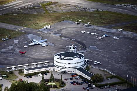 Malmin lentokentälle on tulossa tämänhetkisten päätösten valossa asuinalue, joten lentotoiminta siellä on päättymässä.