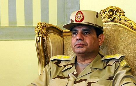Egyptin puolustusministeri Abdel Fattah al-Sisi sanoi, että armeija tulee väliin, jos maassa puhkeaa ensi viikolla mellakoita.