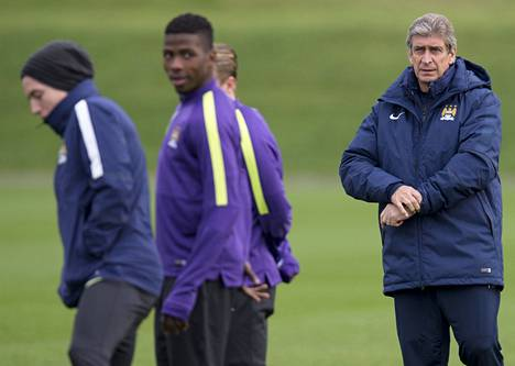 Manchester Cityn managerilla Manuel Pellegrinillä (oik.) on valtavat paineet ökyjoukkueen peräsimessä.