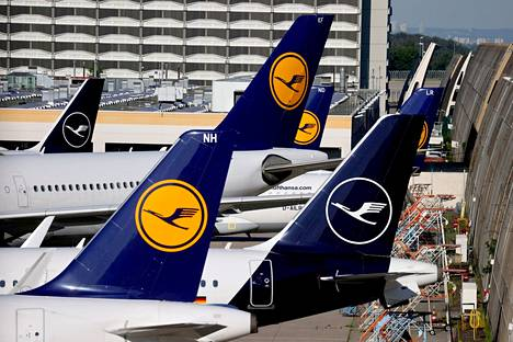 Lufthansa exposed the cartel and survived without fines.  Lufthansa aircraft at Frankfurt Airport in 2020.