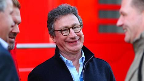 Ferrarin toimitusjohtajaa Louis Camilleria hymyilytti vielä helmikuisissa testeissä Barcelonassa. Formulakauden aikana Ferrari ei ole tarjonnut Camillerille ilonaiheita.