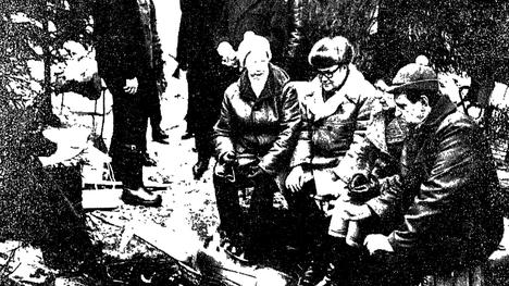 Helsingin Sanomat kertoi Espoon päättäjien käynnistä Mankkaan suolla 18. tammikuuta 1971.