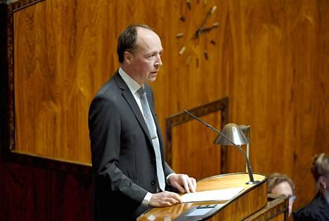 Perussuomalaisten puheenjohtaja Jussi Halla-aho puhui eduskunnan täysistunnossa keskiviikkona.