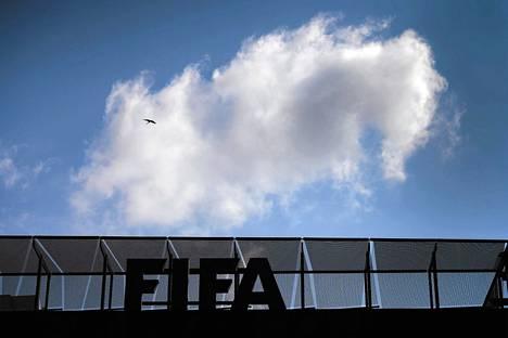 Kansainvälinen jalkapalloliitto Fifa on jälleen korruptioskandaalin kourissa.