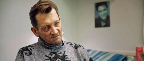 Sittemmin edesmennyt Petteri Vuorio oli yksi Vinkin vertaistyöntekijöistä.