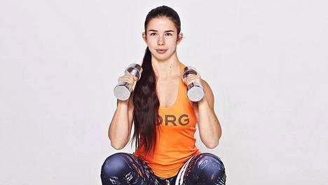 Liikkuvuustreeniä voi hyvin tehdä samalla, kun vahvistaa lihaksia, sanoo asiantuntija.