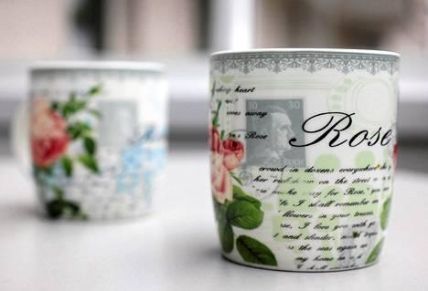 Saksalaislehden mukaan kiinalainen suunnittelija oli vahingossa valinnut natsijohtajan kahvimukin koristeeksi.