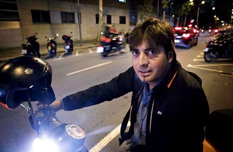 Hèctor Olivan äidinkieli on espanja, mutta hän puhuu sujuvasti myös katalaania.