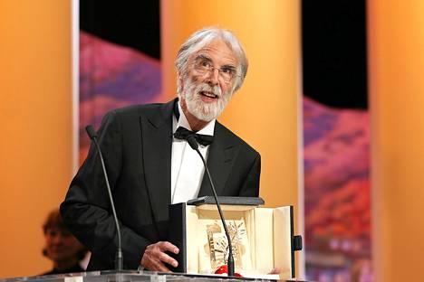 Itävaltalainen ohjaaja Michael Haneke sai Cannesin Kultaisen palmun sunnuntaina.
